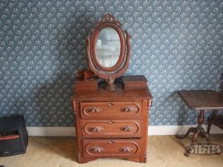 Victorian-Dresser-with-Oval-Mirror_2.jpg