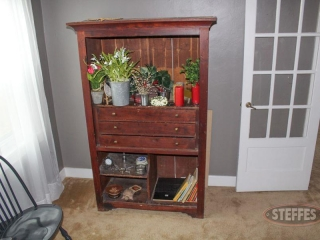 Vintage-cabinet-and-contents_2.jpg