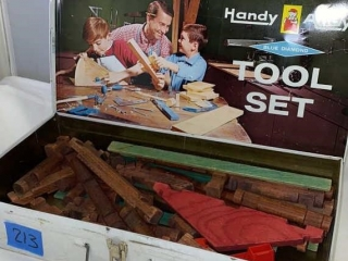 Handy Andy Tool Case/ with Lincoln Logs