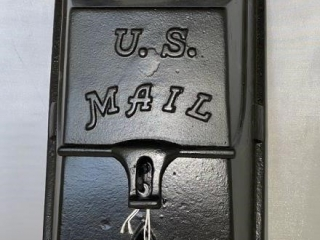 Cast Iron US Mailbox