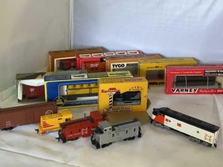 HO Model Train by Tyco & Varney