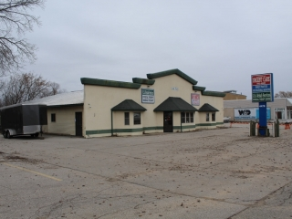 5,616 SF Retail / Commercial Property Building in Montague, MI - Real Estate Listing