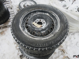 Bridgestone 225/65R17 Tires on Rims - BID PRICE IS PER TIRE MUST TAKE 4 TIMES THE MONEY UNRESERVED