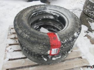 Hankook LT 235/80R17 Tires - BID PRICE IS PER TIRE MUST TAKE 2 TIMES THE MONEY UNRESERVED