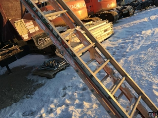 3 Ladders UNRESERVED