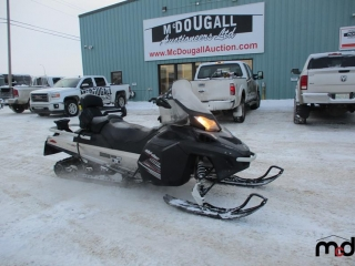 2011 Ski-Doo Expedition UNRESERVED