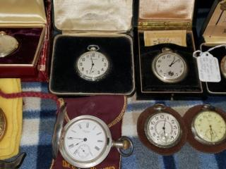 The Super Auction: Guns, Pocket Watches and Knives