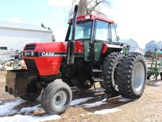 1986 CASE IH 2294 2WD TRACTOR, 4X3 POWERSHIFT,