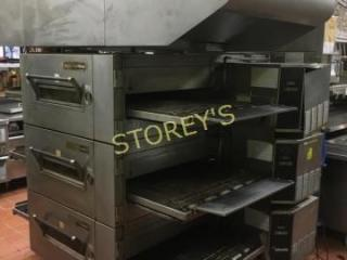 lincoln Triple Stacked 32  Gas Conveyor Pizza Oven