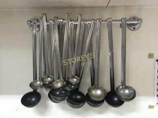 lG Qty of ladles   Hanging Rack