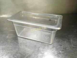Cambro 1 3  6  Poly Insert w  lid