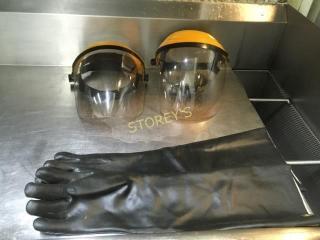 2 Face Shields   HD Gloves