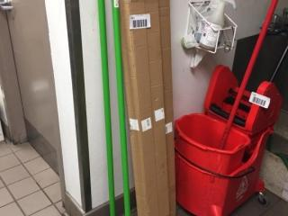 Globe Brooms   Extra Handles
