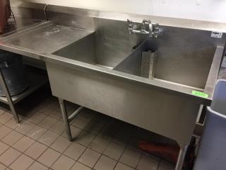 Double Well S S Sink w  lH Drain board   Tap Set