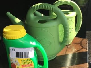 lOT  2 Watering Cans   Open Shake n  Feed