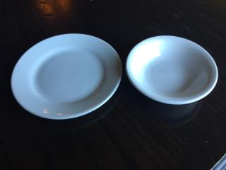 lOT   39  Side Plates    19  Nappy Bowls