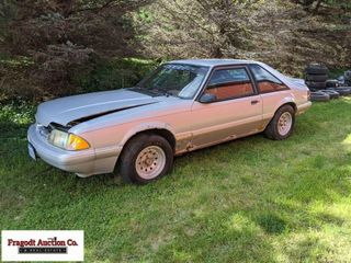 1992 Ford Mustang, has 4 cylinder engine (not moun