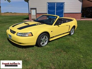 2000 Ford Mustang GT Convertible, 4.6 V8, auto tra