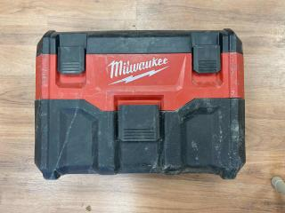 Milwaukee-M18-Wet-Dry-Vacuum_101.jpeg