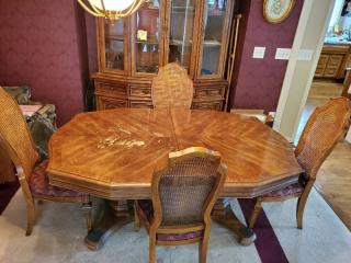 Dining Room Table with 4 Wicker Back Chairs