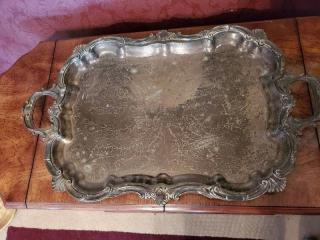 1 Silver Platter with Detail Etching