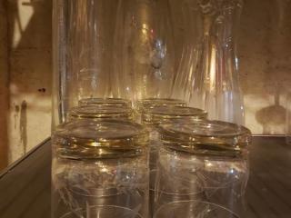 Lot 9 Glassware