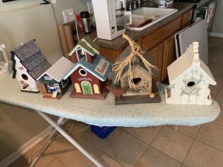 Lot of 5 Birdhouses