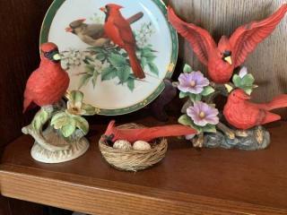 Lot of Cardinals Porcelain Birds 1 Plate