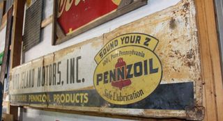 Bird Islands Motors Inc Pennzoil single sided tin sign, 23.5