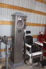 Wayne Bare Clockface Gas Pump, no guts, reconditioned, top and bottom parts