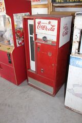 Drink Coca Cola bottle vending machine, not tested