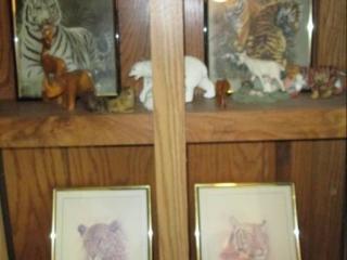 Wall Hangings, & Figurines...