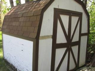 Shed *Unknown Age* 8' X 8' **Buyer ...