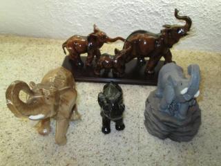 Lot of Ceramic Elephants...