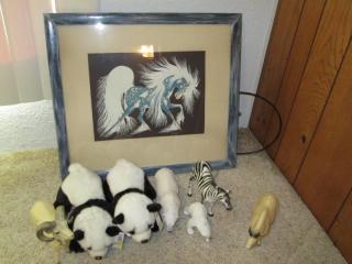 Wall Art, Stuffed Pandas & Other Mi...