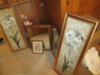 (2) Mirrors & Wall Hangings...