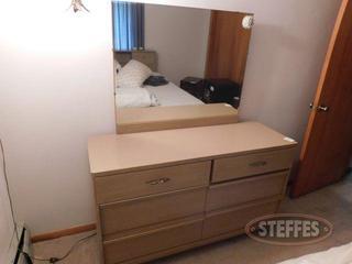 (6)-Drawer-Dresser-w--Mirror_2.jpg