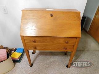Wooden-Desk-Flip-Top-Desk-w--(2)-Drawers_2.jpg