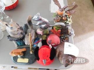 Assorted-Animal-Figurines_2.jpg