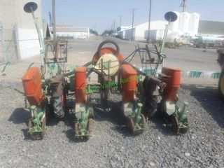 3 Pt. 4 Row Air Seeder/Planter