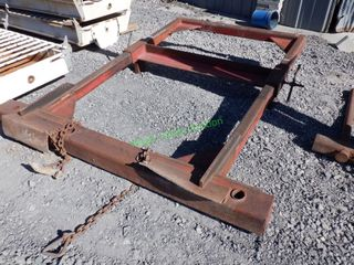 Chain On Hay Fork Frame
