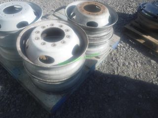 Set of 4 Ford 10 Hole Wheels