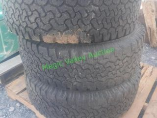 Warden Snow Truck Tires Set of 5 *BID X 5*