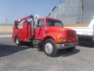 1991 International 4700 14' Mechanics Truck
