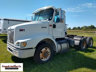 2000 International 100 truck, 10 speed Eaton trans