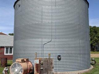 Butler drying bin, unload auger, grain spreader, d