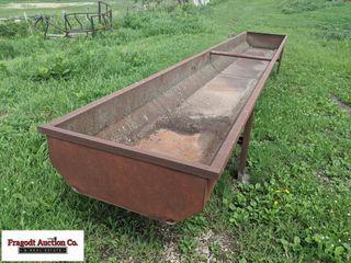 Mack Steel 20? feed bunk, unknown gauge of steel
