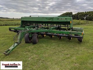 John Deere 750 drill, was a 15' but converted to 2