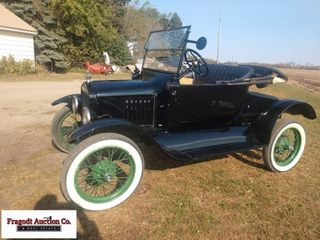1923 Ford Model T Roadster, Comes with Turtle Deck