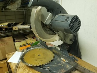 "Craftsman 8 1/4"" Compound Mitor Saw"